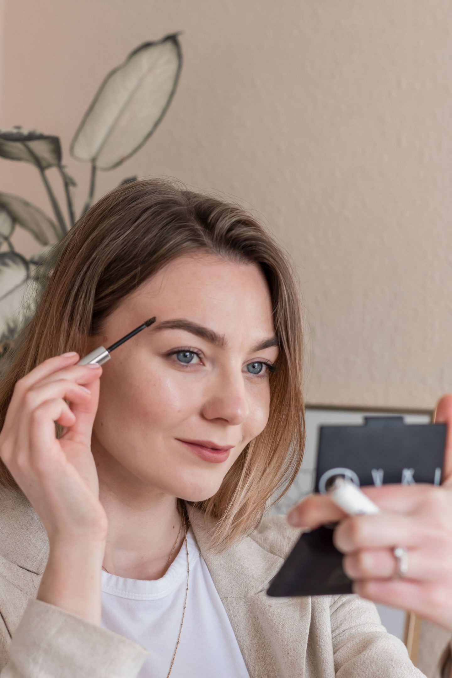 Using the Glossier boy brow with HD Brow treatment
